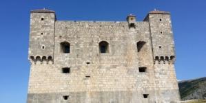 Senjska utvrda Nehaj, Uskoci i mi