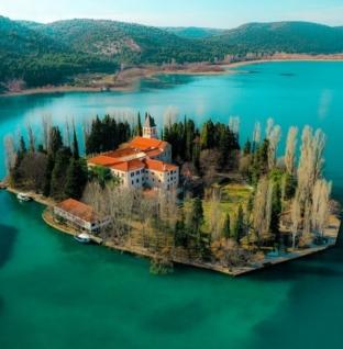 Visovac i Visovačko jezero